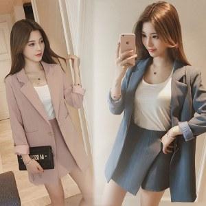 海谜璃2020秋冬新款小西装外套女韩版休闲宽松百搭西服两件套HBF2418
