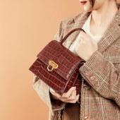 海谜璃复古锁扣牛皮女包新品鳄鱼纹斜挎女包手提包单肩包女士包HBB0093